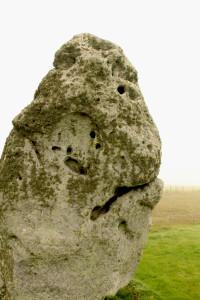 heel stone 2